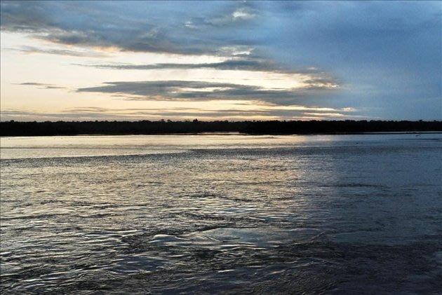 Esas aguas subterráneas corren a unos 4.000 metros de profundidad en un curso similar al del Amazonas y tienen un caudal calculado en cerca de 3.000 metros cúbicos por segundo. EFE/Archivo