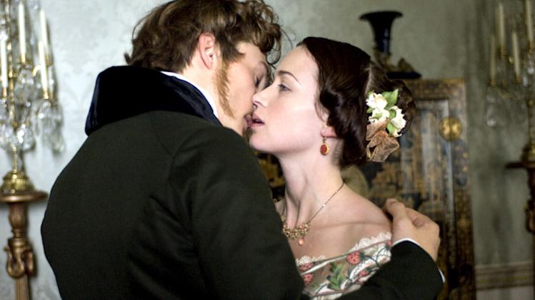 The Young Victoria Production Photos 2009 Apparition Film Emily Blunt Rupert Friend