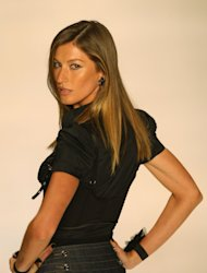 Brazilian Supermodel Gisele Bundchen Launches Shantytown Model Search