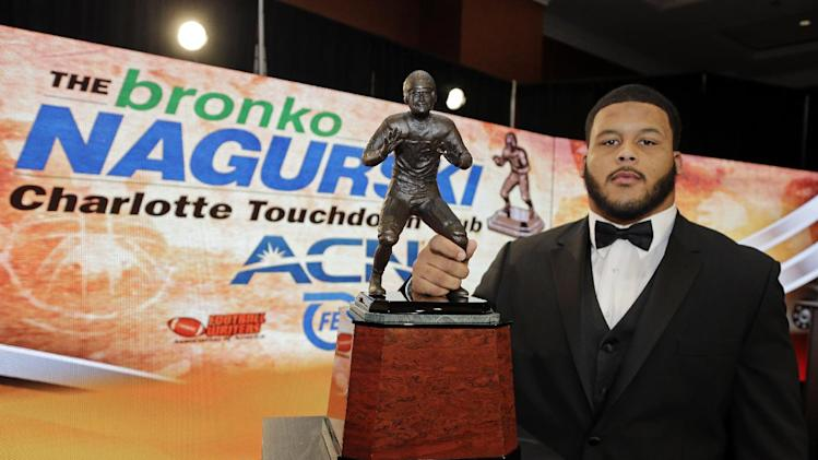 Pittsburgh DT Donald wins Bronko Nagurski award