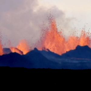 Icelandic volcano produces mile-long lava flows
