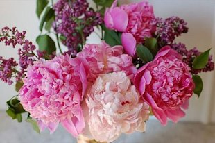 1024-flower-bouquet_sm.jpg