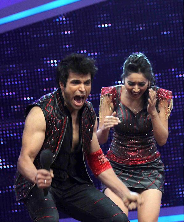 Breaking: Rithvik Dhanjani And Asha Negi Win Nach Baliye 6