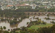 Oz Flooding Alert: Thousands Are Evacuated