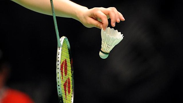 BADMINTON Badminton racquet and shuttlecock generic