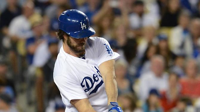 Haren helps Dodgers edge Diamondbacks 6-4