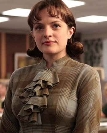 Emmys: How 'Mad Men's' Perfect Peggy Got Down and Dirty for 'Top of the Lake' (Video)