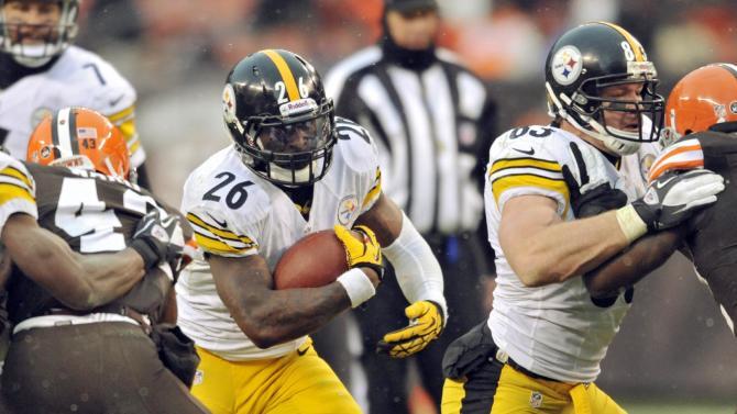 Roethlisberger leads Steelers past Browns 27-11