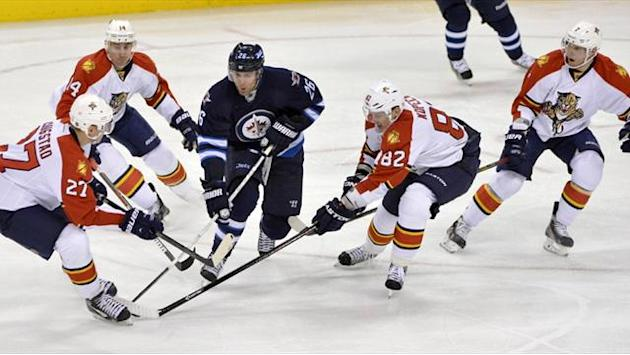 Ice Hockey - Jets pound Panthers