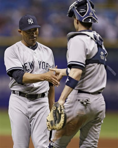 Ichiro hits 2-run single in 9th as Yanks top Rays