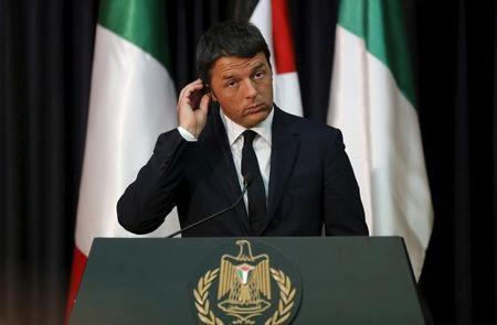 Italy's Renzi brushes off concerns over Senate reform drive