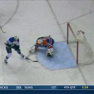 Morrow converts on tic-tac-toe passing play