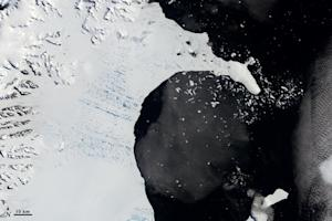 Less Snow Threatens Antarctica's Fragile Ice Shelves