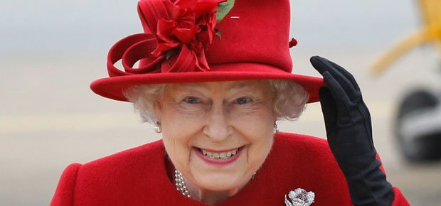 Queen Elizabeth gets salary increase