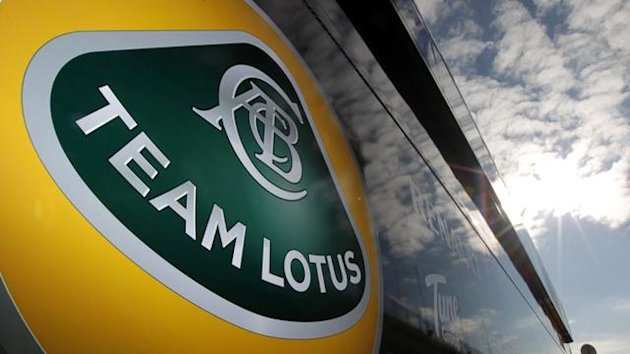 2011 Tests Cheste Lotus Logo