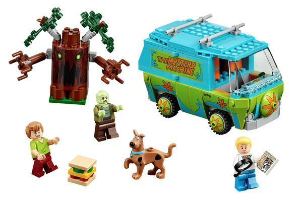 Zoinks! Scooby-Doo gets to solve mysteries in Lego