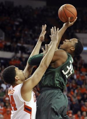 Kadji's 3-pointer rescues No. 3 Miami at Clemson
