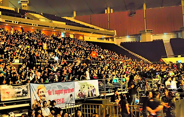 Fans from the region turned up to support their idol. (Yahoo! Photos / Elizabeth Soh)