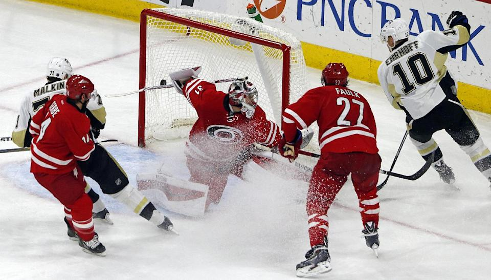 Ehrhoff's 1st goal lifts Penguins over Hurricanes