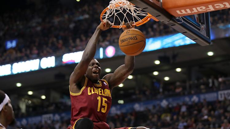 Cleveland Cavaliers' Anthony Bennett (left knee injury) out 3 w…