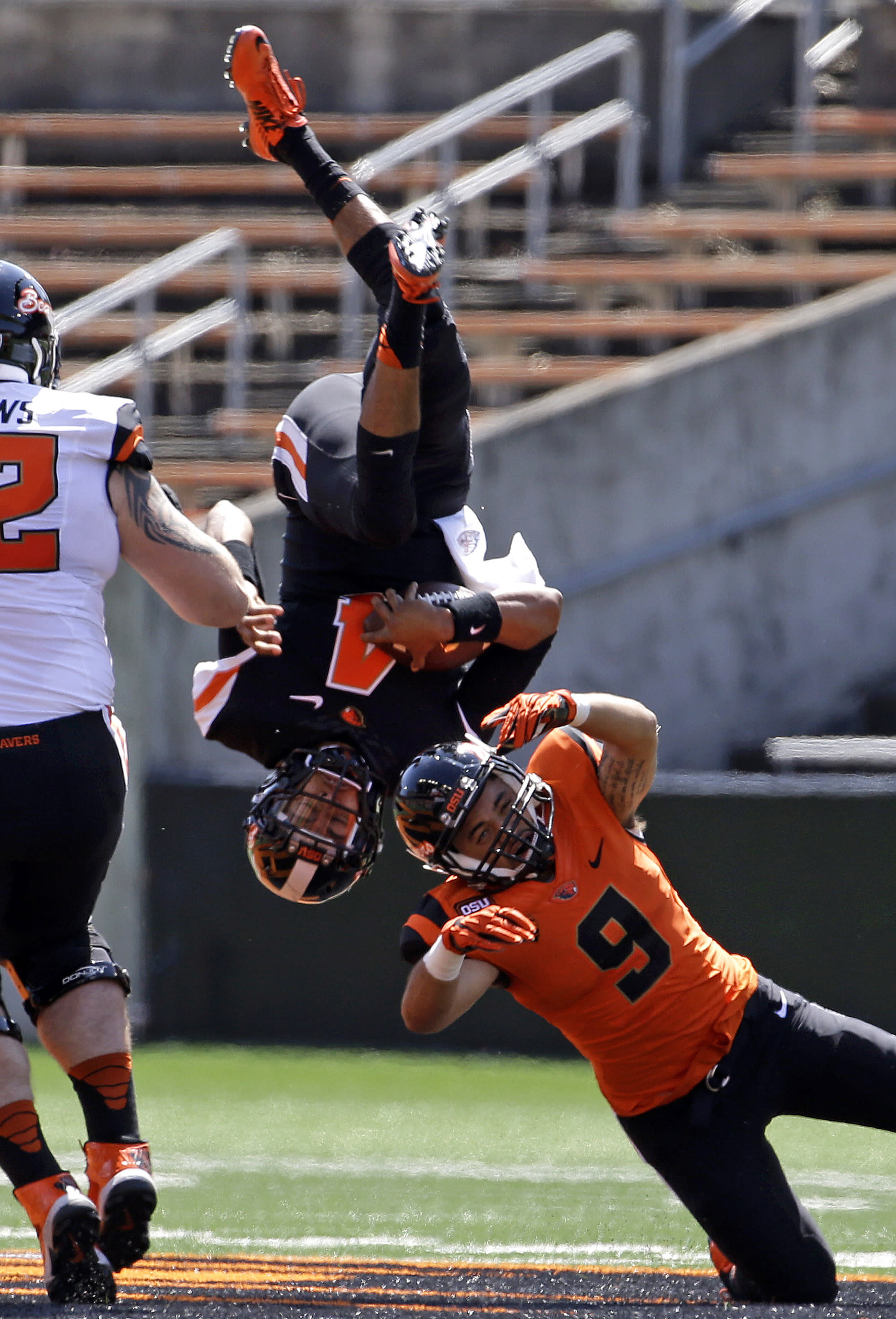 Oregon State fans get first look at Andersen, Collins