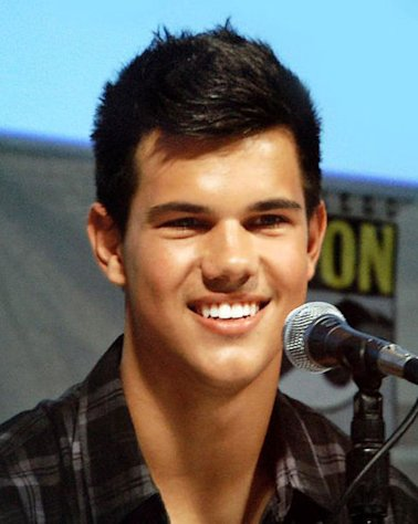 Taylor Lautner at Comic-Con