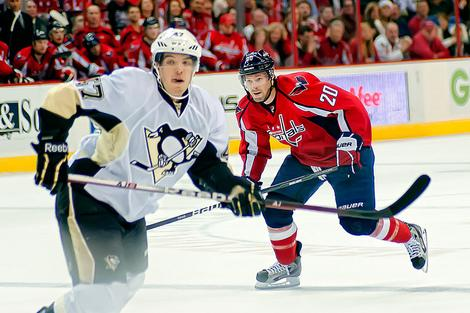 Pittsburgh Penguins Trade Rumors Begin, but Team Has Insurance for Letang in Simon Despres