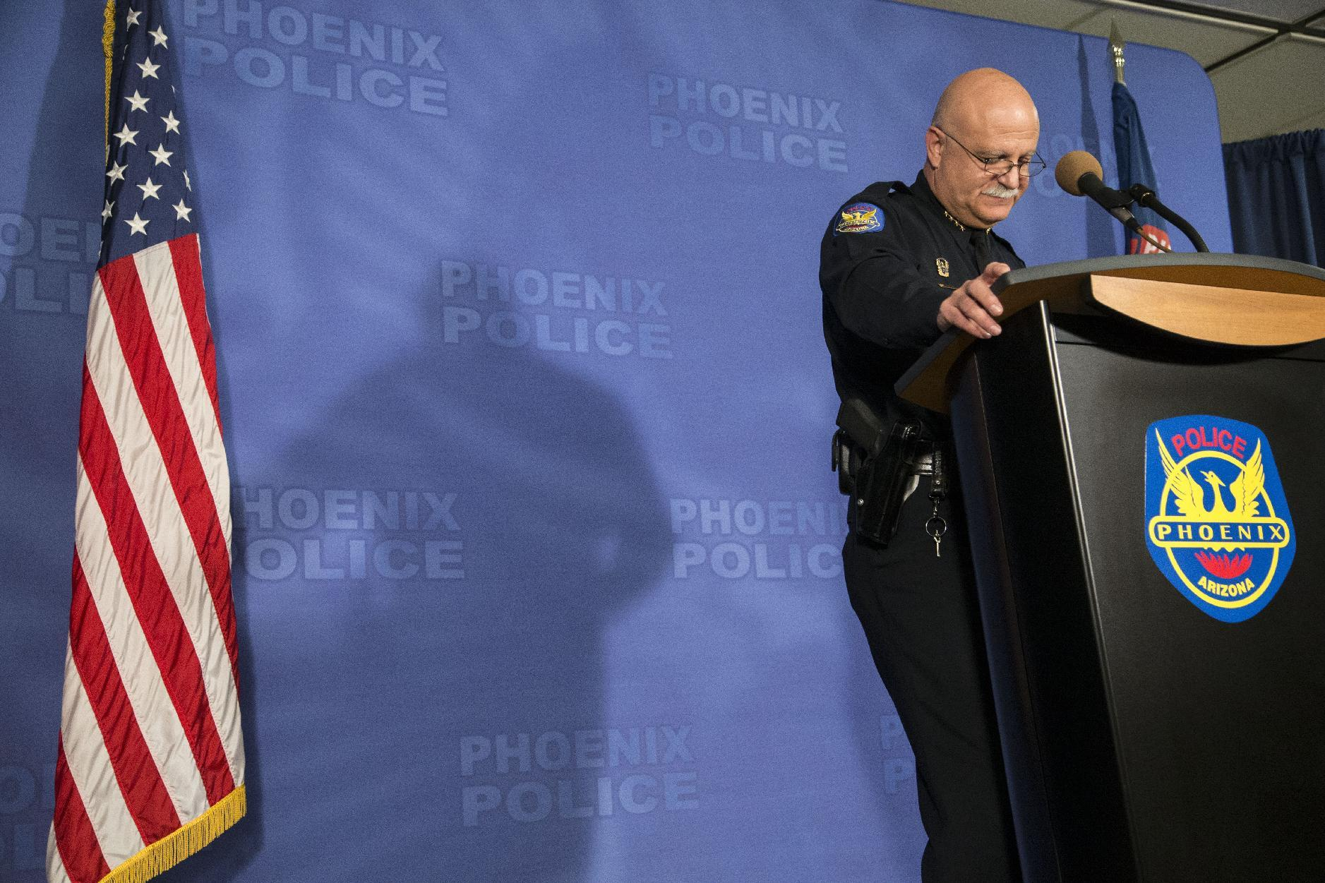 Phoenix police chief fired after union strife