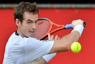 Defending champion Andy Murray lost a set for the first time this week before overcoming Stanislas Wawrinka of Switzerland to reach the semi-finals of the Japan Open. The top-seeded Briton won 6-2, 3-6, 6-2