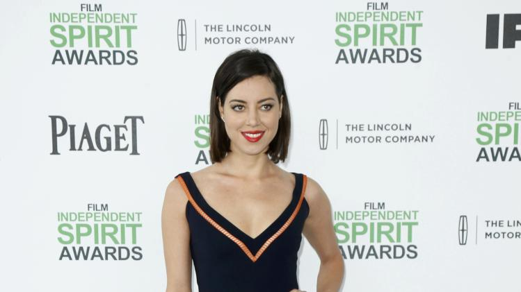 Actress Aubrey Plaza arrives at the 2014 Film Independent Spirit Awards in Santa Monica