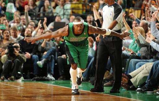 Pierce leads Celtics to 108-100 win over Thunder