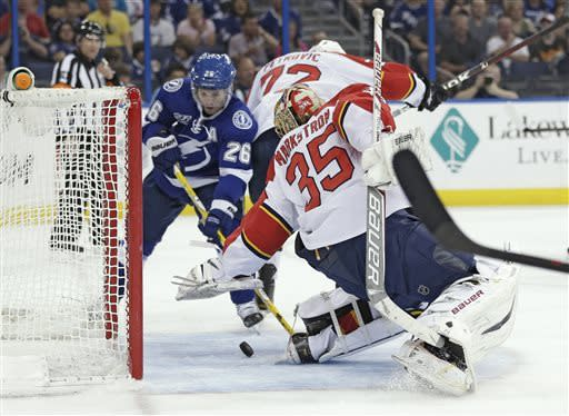 St. Louis wins scoring title in Lightning loss