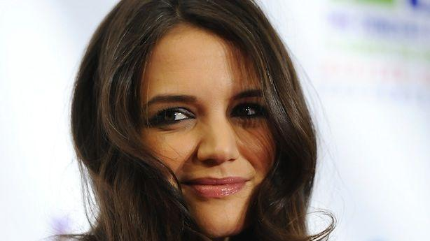 Katie Holmes Goes Bust on Broadway