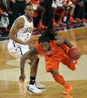 Vasturia's 3s lead Irish to 68-64 win vs. Clemson