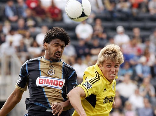 Gomez helps Union beat Crew 1-0