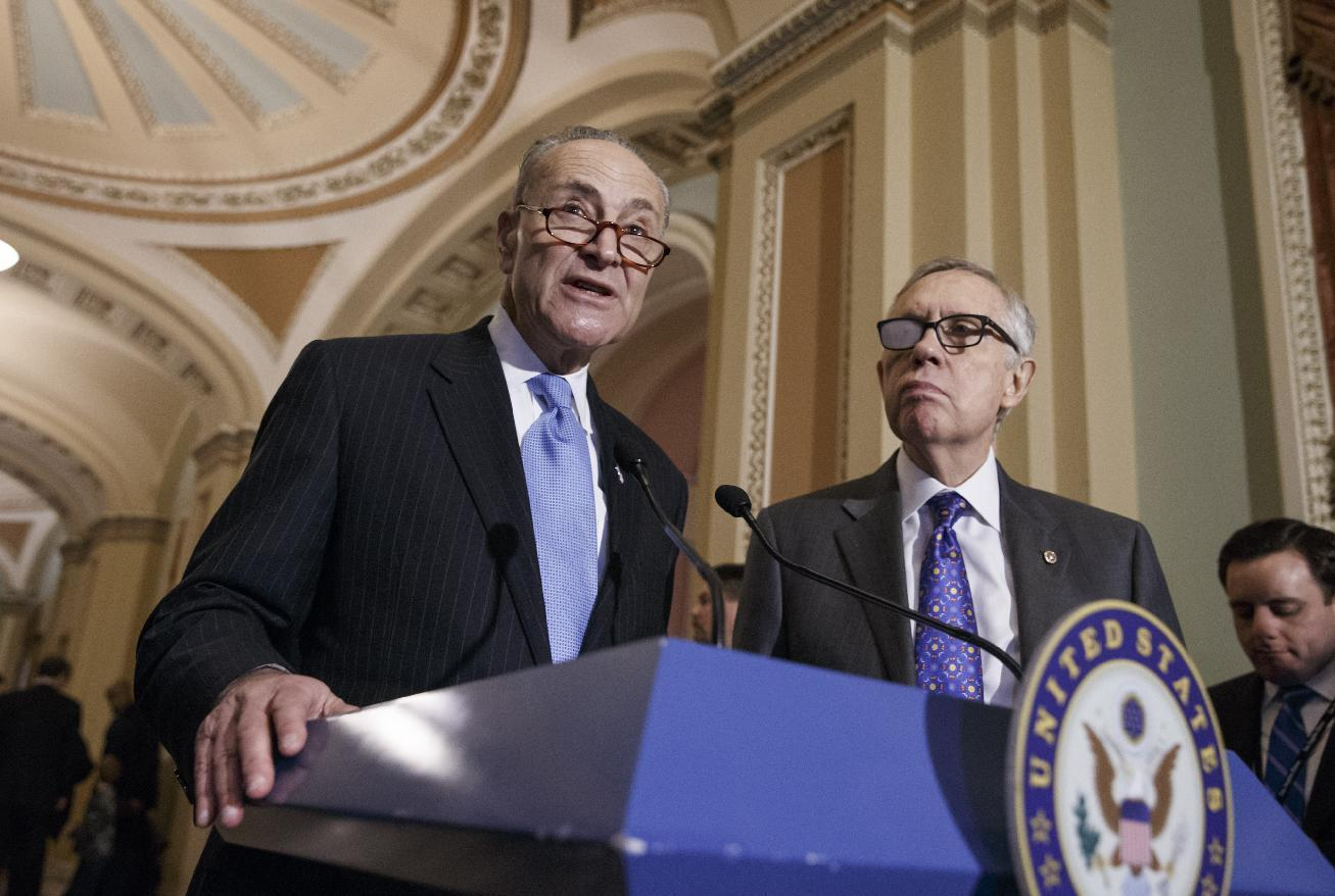 Pugnacious Reid retiring, wants Schumer as Senate Dem leader