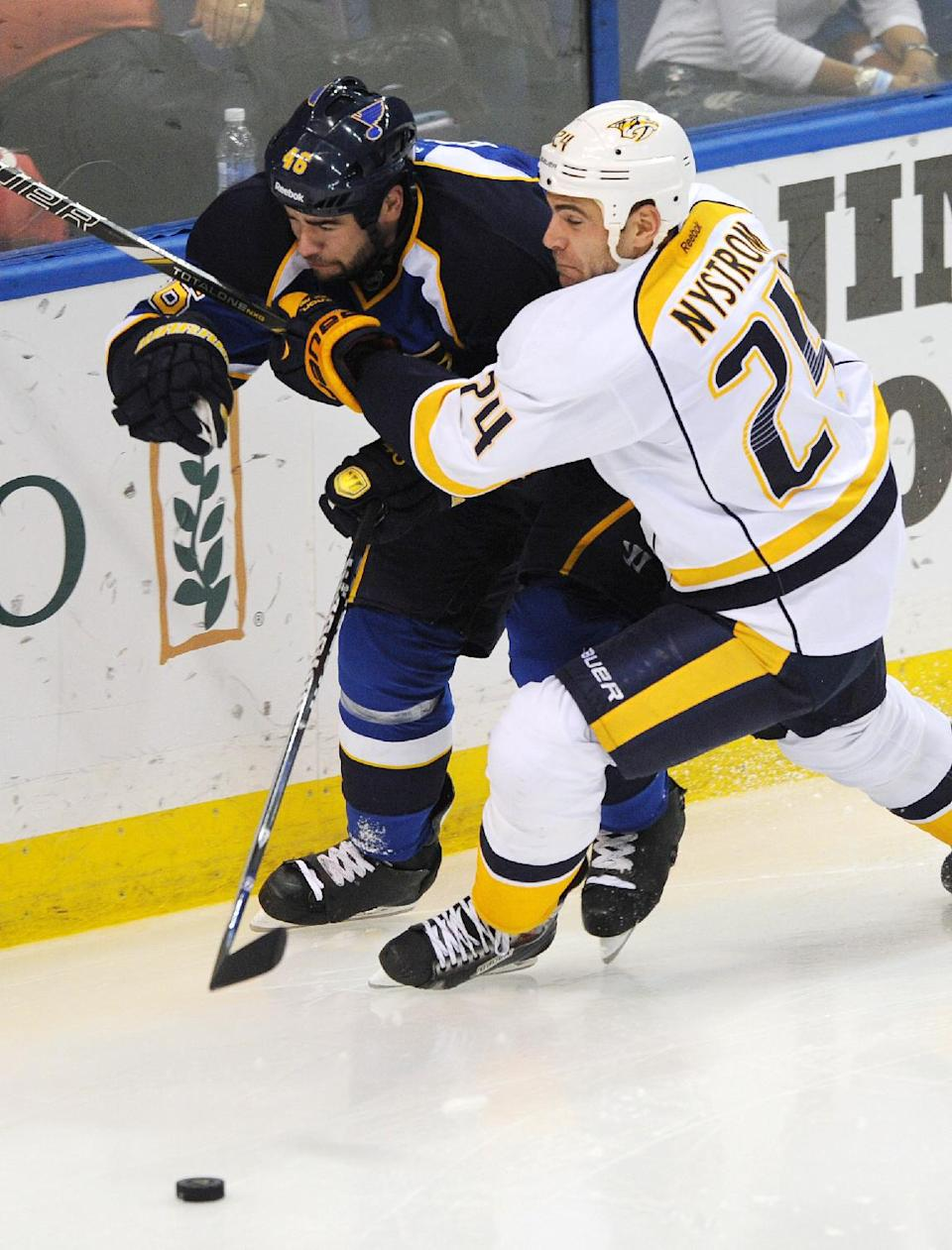 Blues open with 4-2 win over Predators