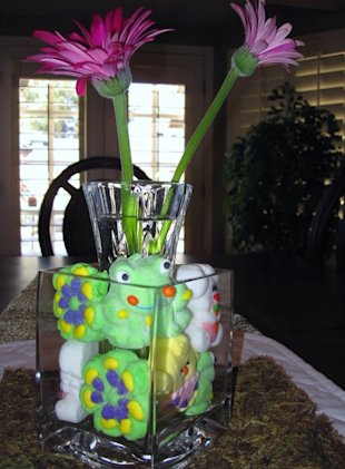 Whimsical, cute and simple Easter centerpiece