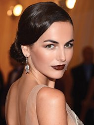 Beauty Trend: 4 Steps To Fall's Vampy Lips