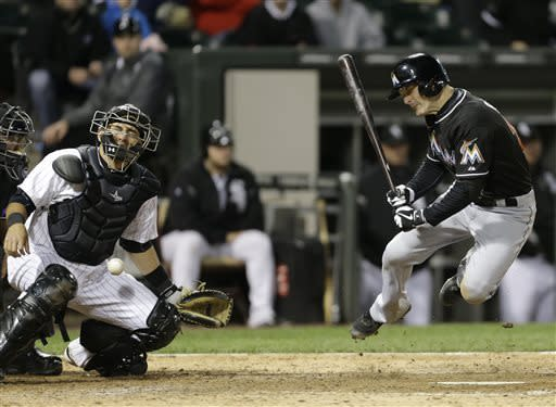 White Sox slip past Marlins 4-3 in 11 innings