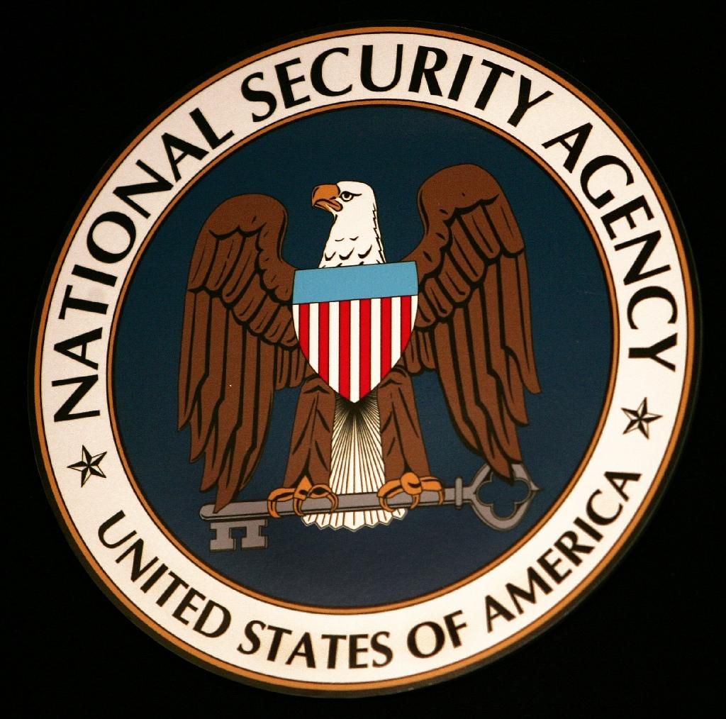 US appeals court reverses ruling on NSA snooping