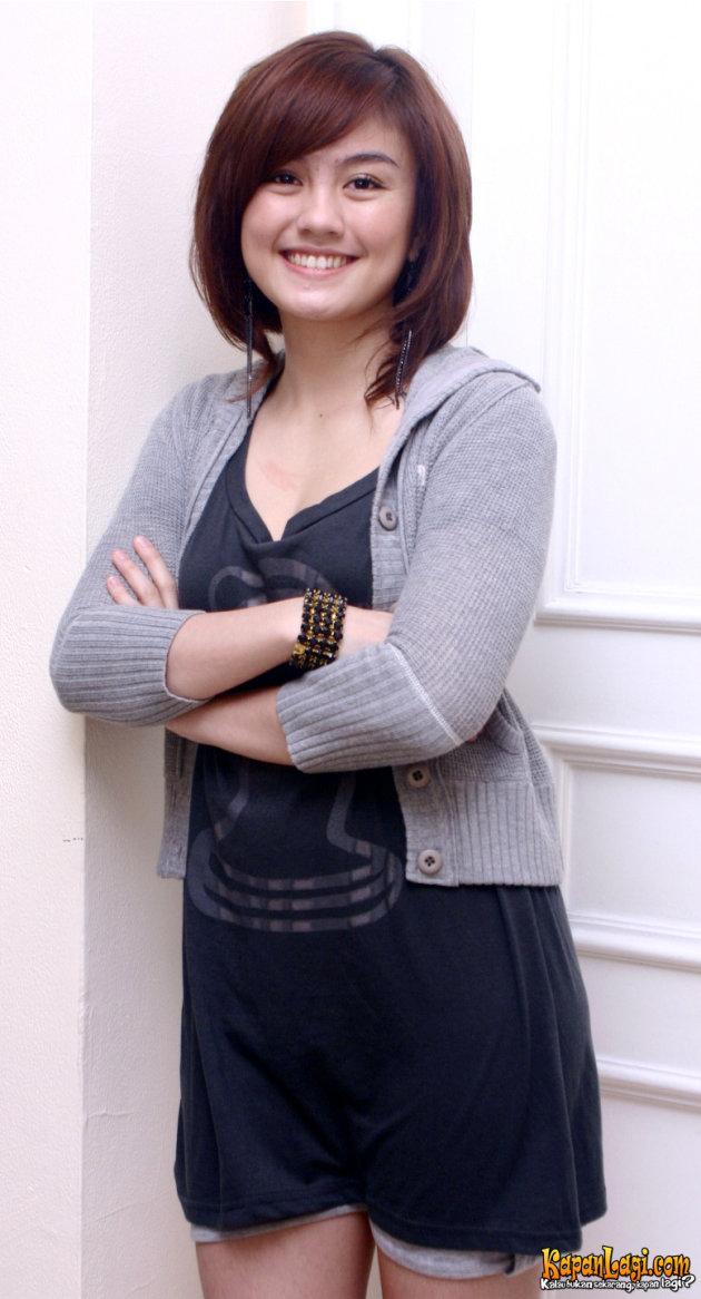 Perubahan Gaya-gaya Rambut Agnes Monica