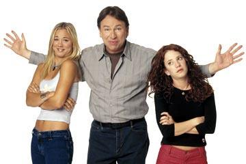 Kaley Cuoco as Bridget, John Ritter as Paul and Amy Davidson as Kerry ABC's 8 Simple Rules