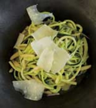 zucchini linguine with almonds