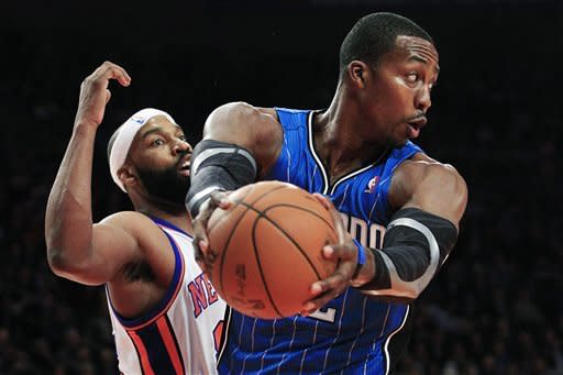 Knicks rout Magic, climb back above .500