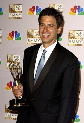 Ray Romano Best Actor - Comedy Everybody Loves Raymond Emmy Awards - 9/22/2002