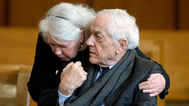 Brooke Astor's 89-Year-Old Son, Convicted of Swindling Her, Deemed Eligible for Medical Parole