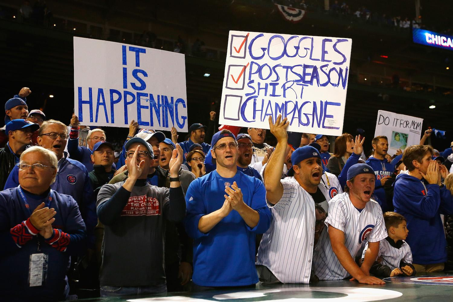 Cubs fans started lining up at Wrigleyville bars more than 12 hours before Game 3 of the World Series
