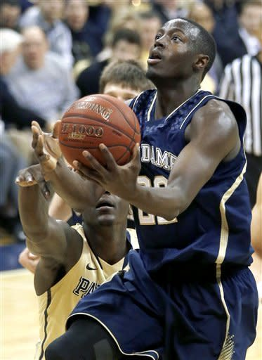 No. 25 Notre Dame rallies past No. 20 Pitt 51-42