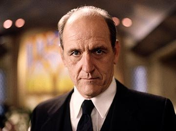 "Richard Jenkins as Nate Fisher, Sr. HBO's ""Six Feet Under"" Six Feet Under"